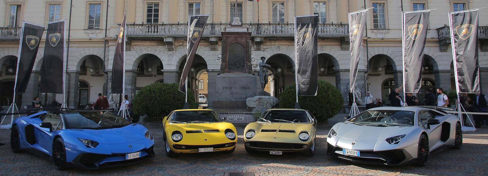 The Lamborghini Miura Celebrates Its 50th Anniversary On The Roads